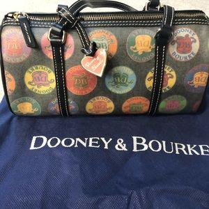 Women's Dooney & Bourke Handbag